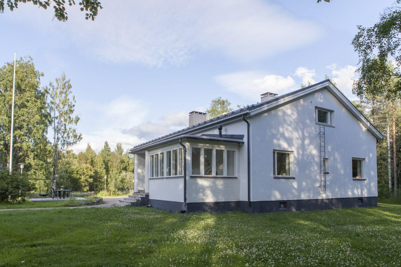 Villa Apukka from outside at Summer